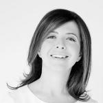 Dora Baghriche, a Perfumista Curiosa